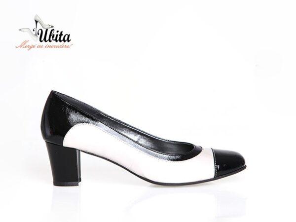Pantofi office dama alb cu negru din piele naturala la comanda V0076-Ava