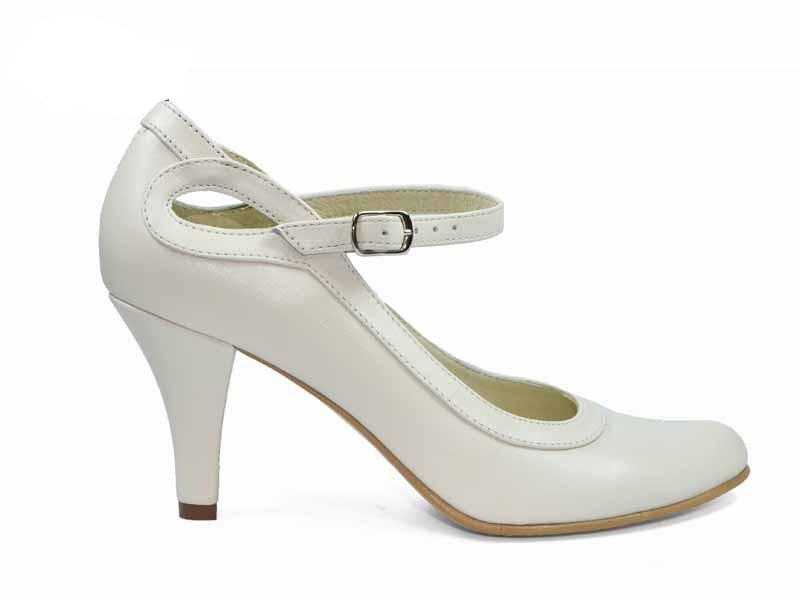 pantofi de mireasa cu toc mediu